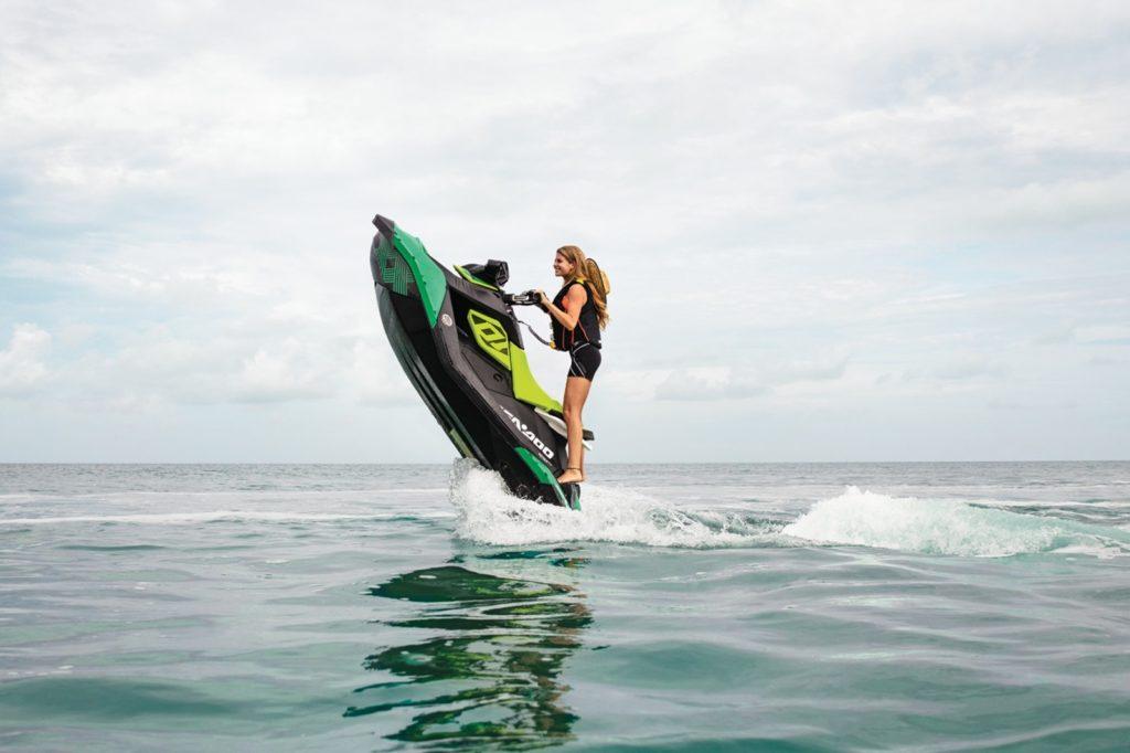 Sea Doo SPARK Trixx 900 HOACE 3-up iBR 90hp zelený